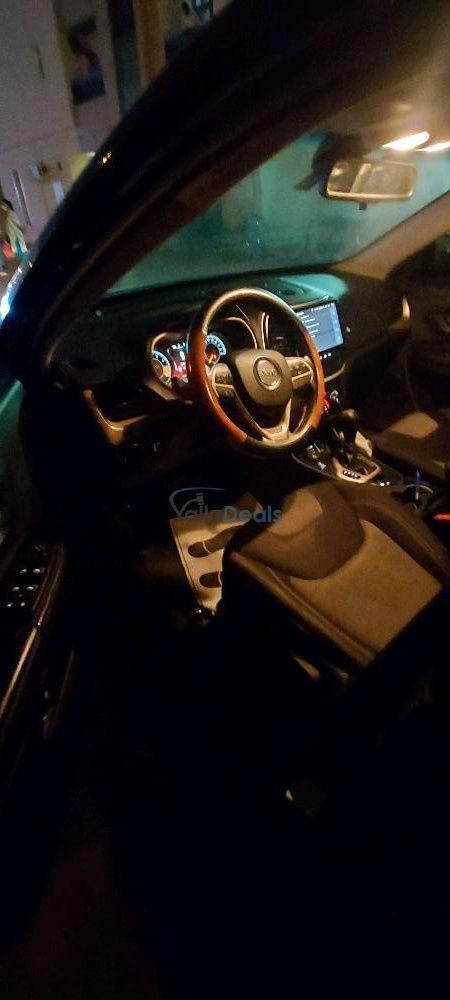 Cars for Sale_Jeep_Al Karama