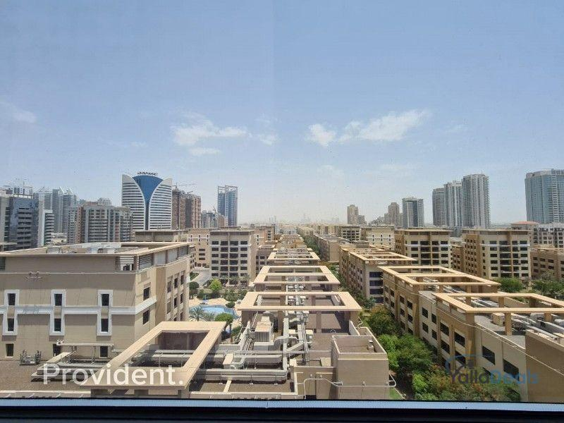 Commercial Property for Rent in The Greens, Dubai
