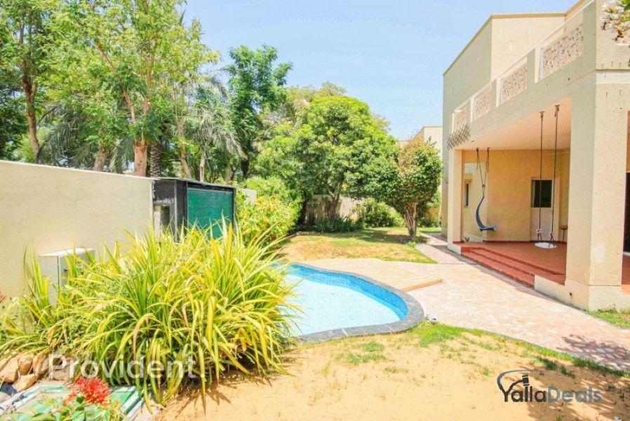 Villas for Rent in The Meadows, Dubai