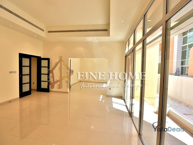 Real Estate_Villas for Rent_Al Qurm